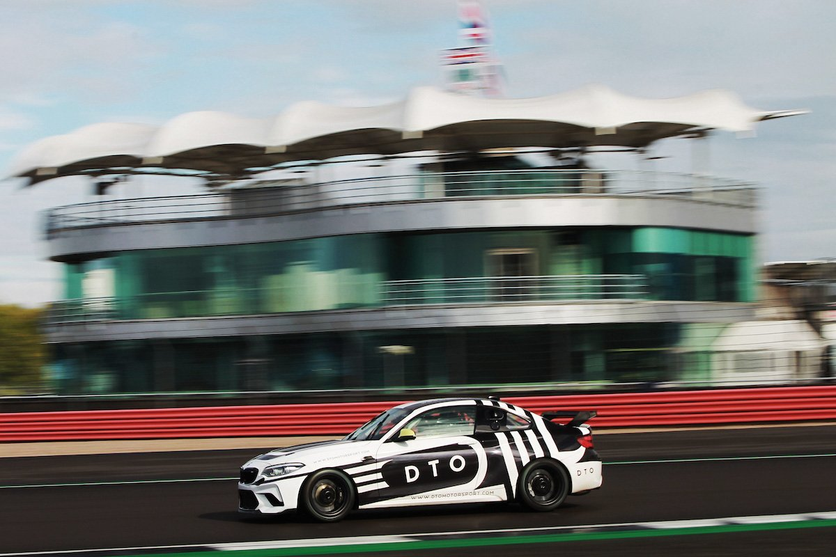 DTO Motorsport Race BMW M4 on track